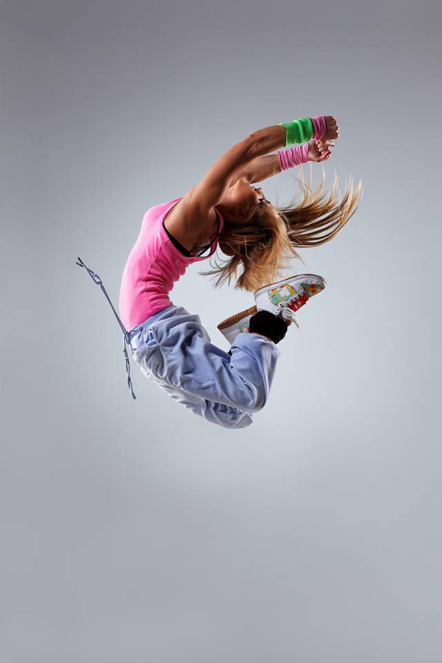 ps多张图片合成一张舞者图片(1)
