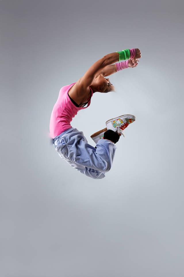 ps多张图片合成一张舞者图片(7)