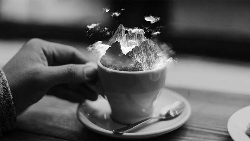 PS合成咖啡杯里的雪山